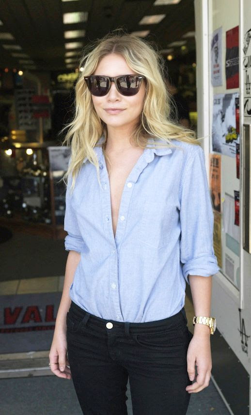 Le Fashion Blog Spring Look Ashley Olsen Wavy Hair Beach Waves Ray Ban Wayfarer Sunglasses Button Down Up Chambray Shirt Gold Watch Denim Black Skinny Jeans Classic Style Olsen Twins photo Le-Fashion-Blog-Spring-Look-Ashley-Olsen-Style-Chambray-Shirt-Close-Up-1.jpg
