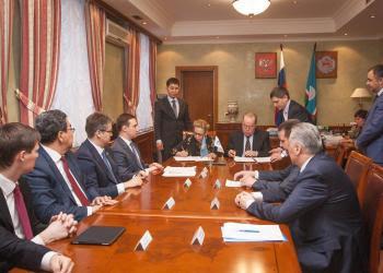 Правительство Якутии иООО «Газпром трансгаз Томск» подписали Соглашение обинформационном взаимодействии