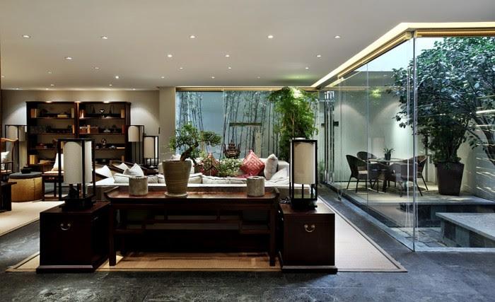 floor to ceiling glass design