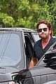 gerard butler flaunts buff biceps during coffee outing 03