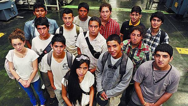 Equipo. Alumnos de 15 años del Instituto Emaús, reconocidos como la mejor técnica bonaerense./GUSTAVO CASTAING