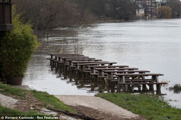 A pub garden in south west London was left underwater ahead of Sunday's Oxford Cambridge Boat Race