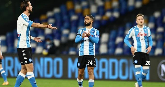 Maradona, il Napoli omaggia Maradona: in campo con maglia in stile Argentina. De Magistris conferma intitolazione dello stadio - FOTO - Il Fatto Quotidiano