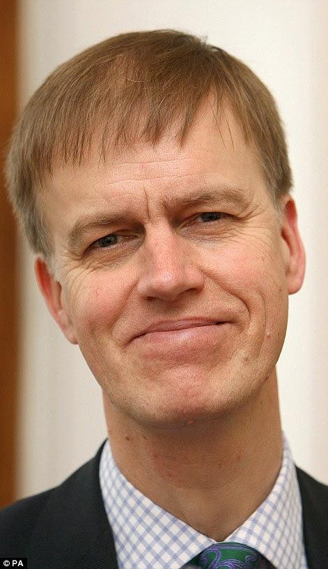 Stephen Timms, de 60 años, fue apuñalado dos veces en su circunscripción
