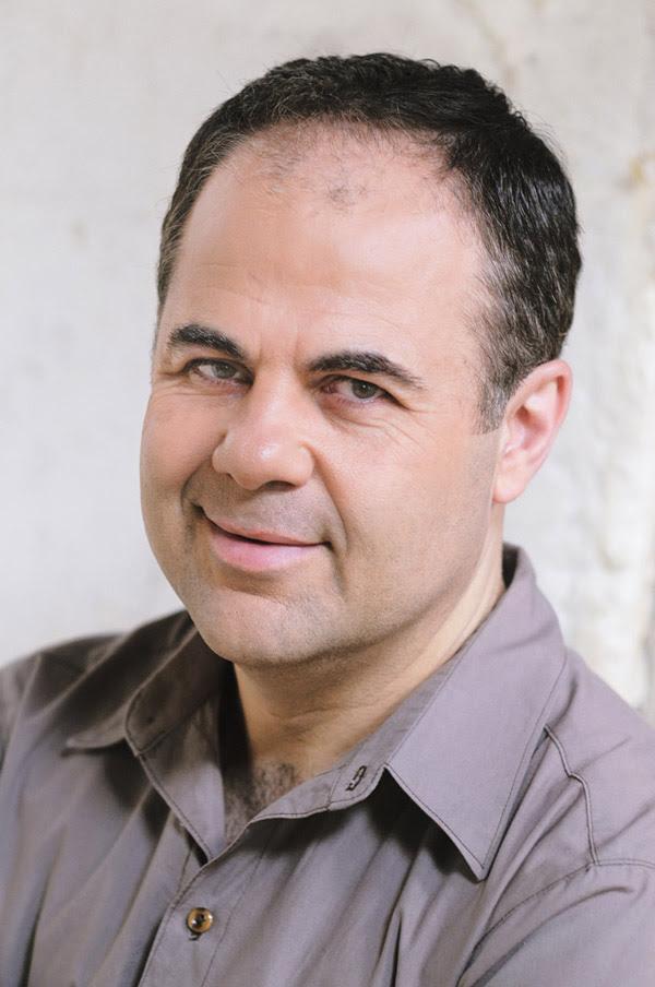 Yianni Zinonos, headshot, PR portrait