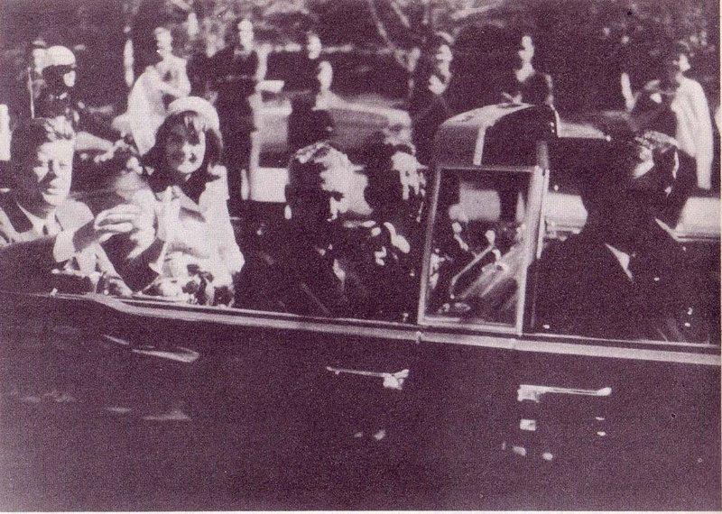 Ficheiro:Coche de Kennedy.jpg