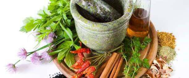Κοινά βότανα που κάνουν τα φαγητά μας ευωδιαστά και γεμάτα Υγεία!