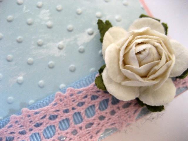 TRR#21 rose lace & blue detail