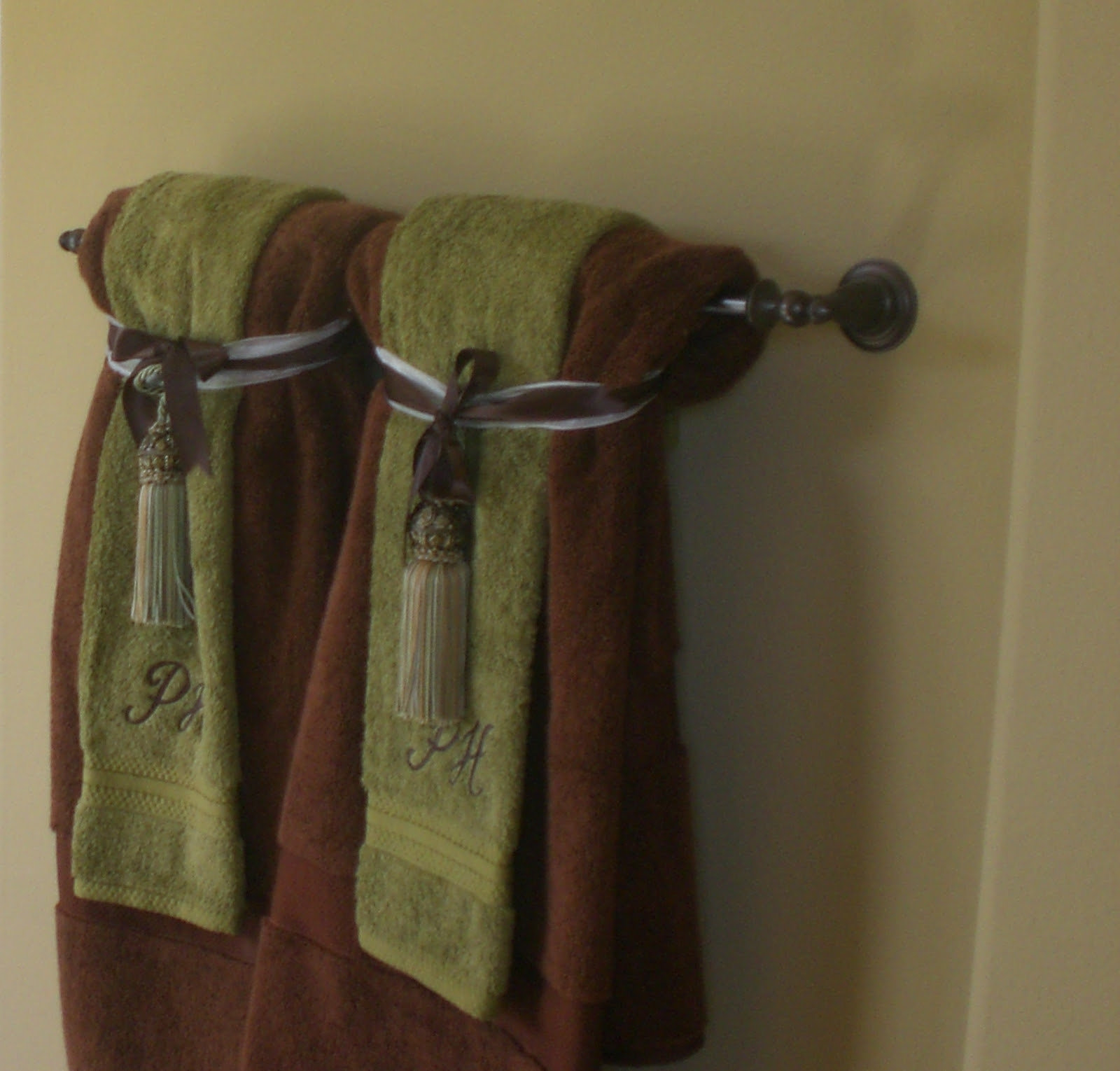 Bathroom Towel Rack Decorating Ideas How To сhoose A Perfect Towel