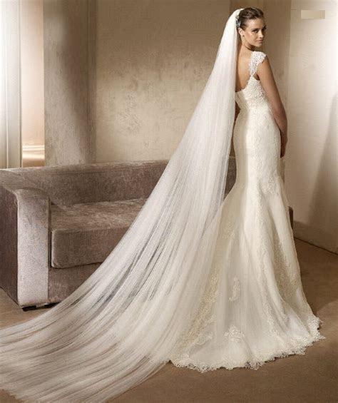 Lace mermaid brides ? show me your veil!