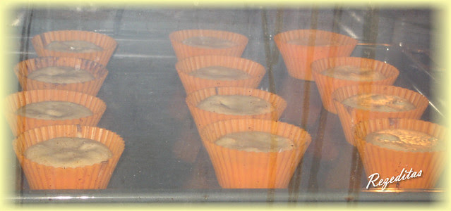 MAGDALENAS DE PLATANO Y CHOCOLATE