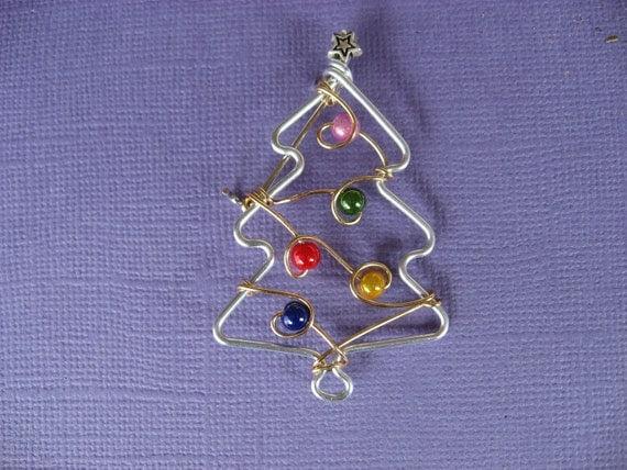 little CHRISTMAS TREE BROOCH