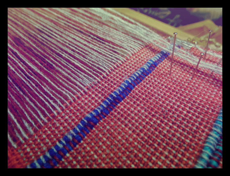 broken selvedge threads