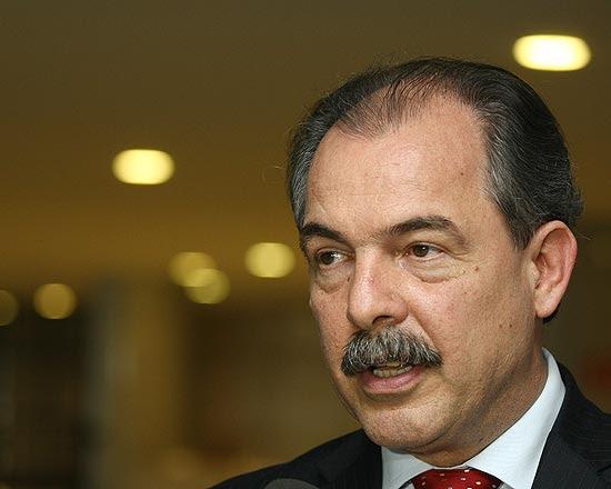 Ministro da Educação, Aloizio Mercadante, da entrevista no Palácio do Planalto falou sobre avaliação do ensino médio