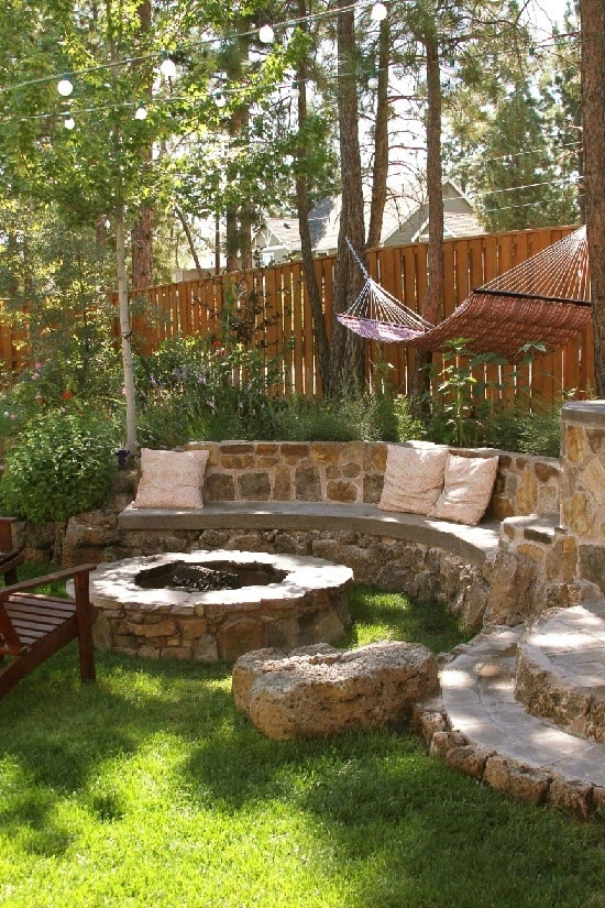 Backyard stone fire pit ideas