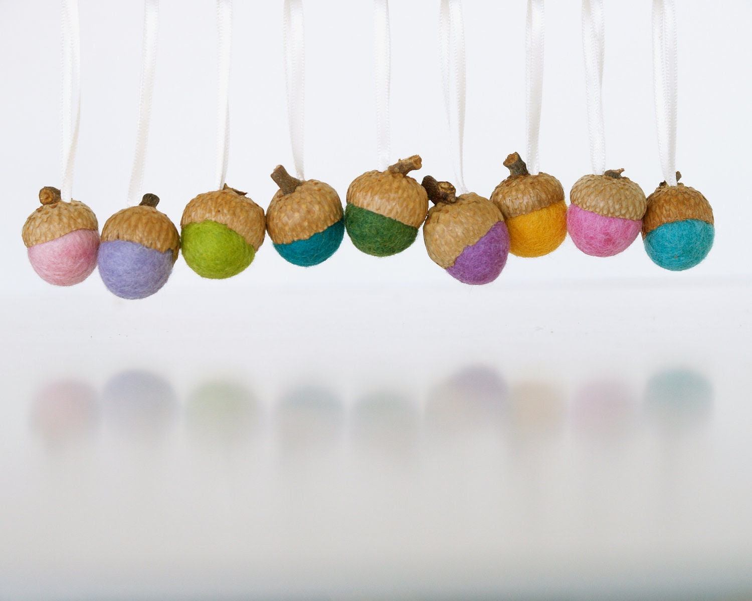 Natural Easter Ornaments, Spring Decorations, Needle Felted Acorns 20 Rustic Nature inspired Woodland, Fairyfolk