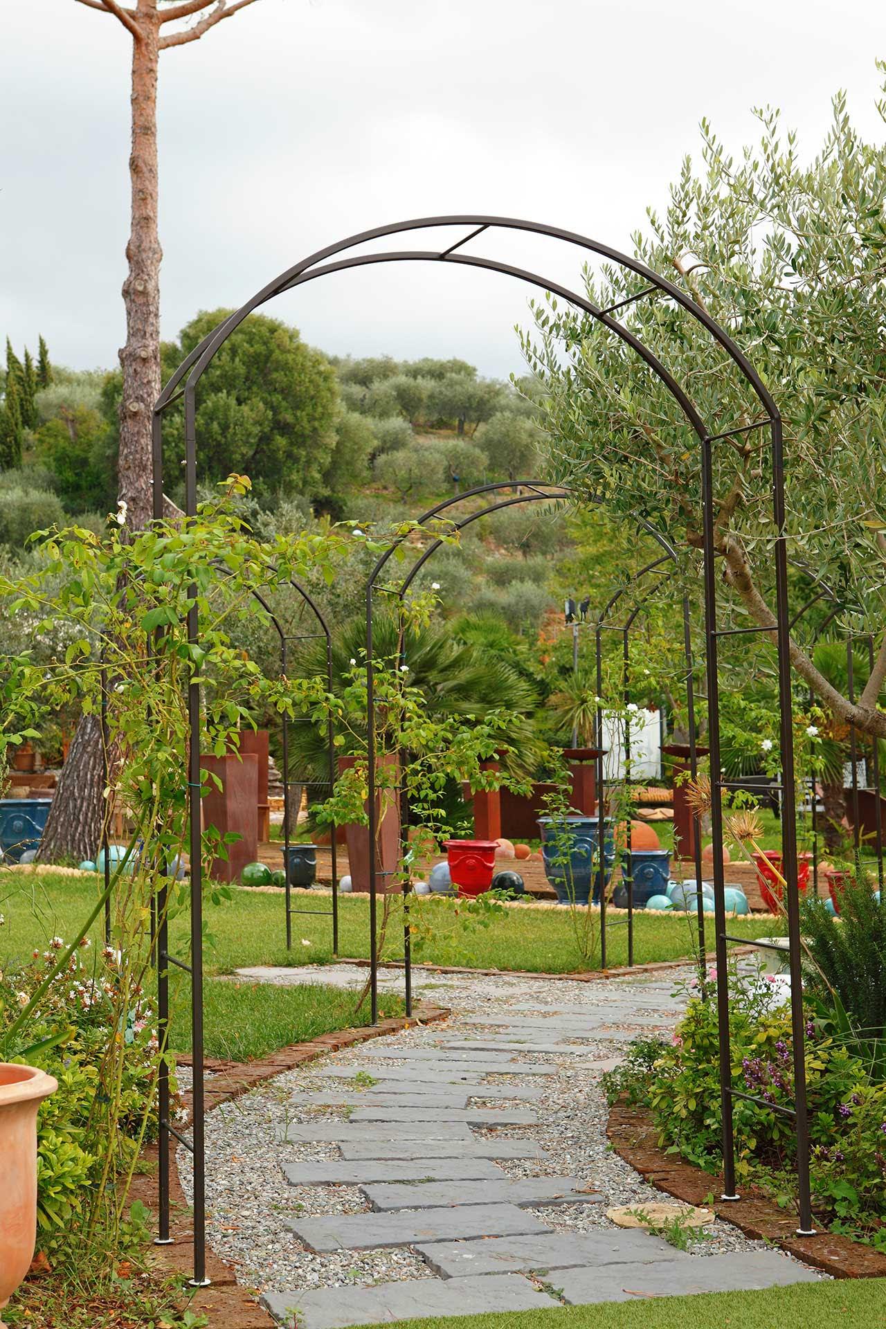 Piante Rampicanti Da Esterno costruzione pilastri: strutture per piante rampicanti