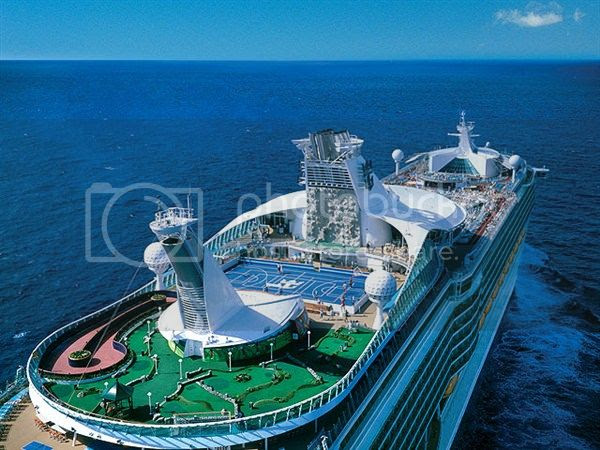photo explorer-of-the-seas-640-8_zps2fa7da97.jpeg