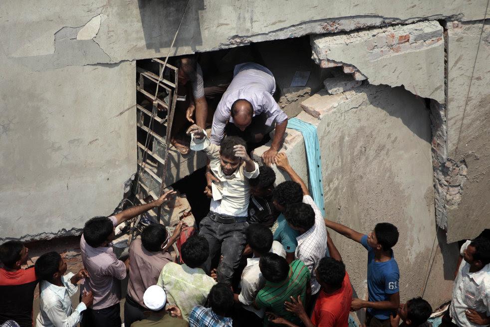 bangladesh_building_collapse_14.jpg