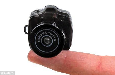 Kamera Digital Terkecil Di Dunia [2011 released]