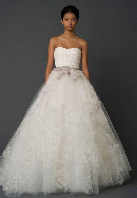 Vera Wang Hannah Size 4 Wedding Dress ? OnceWed.com