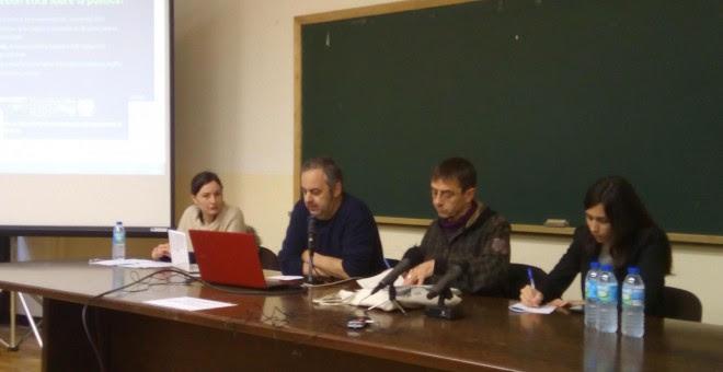 De izquierda a derecha: Maleni Romero, Emilio Silva, Juan Carlos Monedero y Pilar Velasco