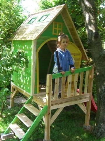 greenseason kinderspielhaus aus holz mit rutsche