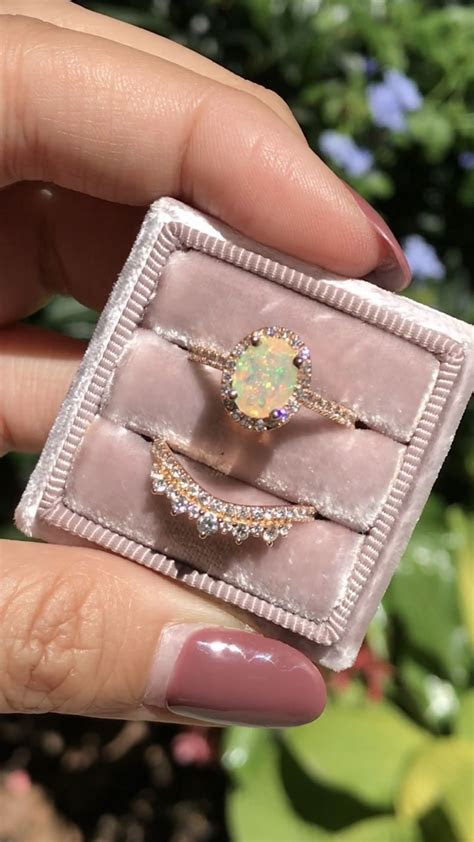 Sparkles and colors overload! Our newly launched opals