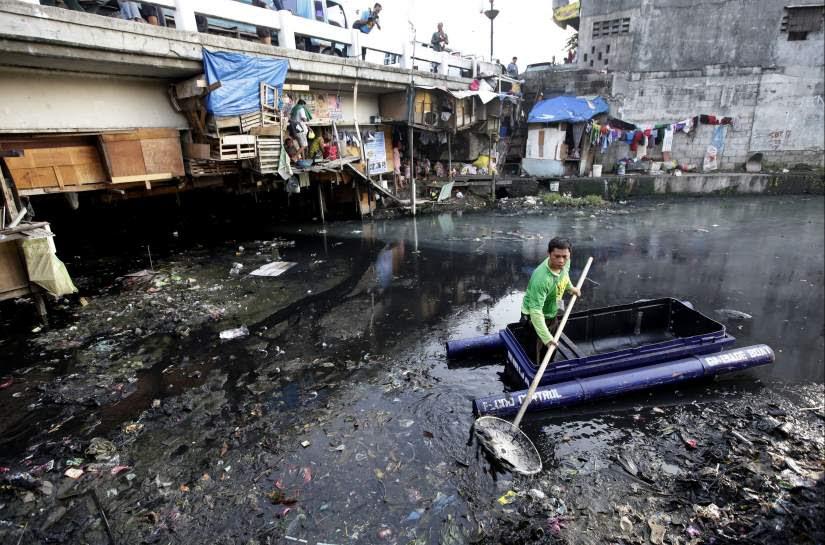 Riachuelos contaminados en Filipinas