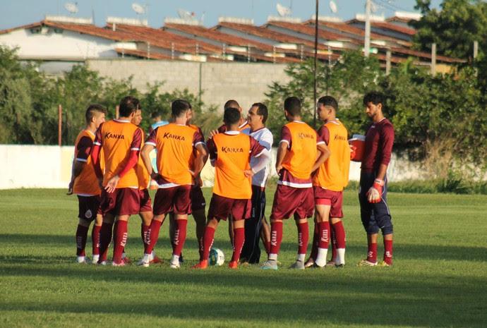 América-RN - jogadores relacionados técnico Francisco Diá (Foto: Canindé Pereira/Divulgação)
