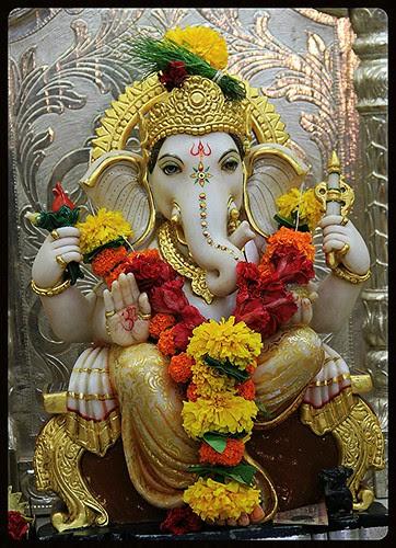 vakratunda mahakaya surya koti samaprabha nirvighnam kurume deva sarva karyeshu sarvada by firoze shakir photographerno1