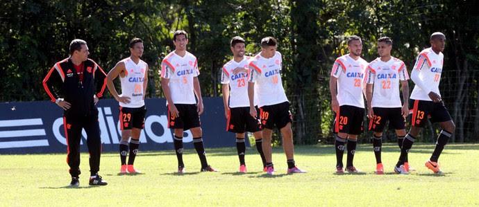Luxemburgo Treino Flamengo (Foto: Cezar Loureiro / Agência O Globo)
