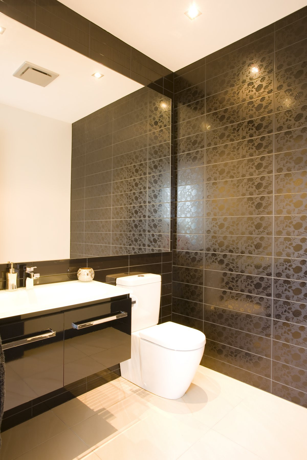 25 Modern Luxury Bathrooms Designs - The WoW Style