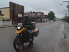 Motoqueiro que vai percorrer toda a América do Sul chega a Macapá