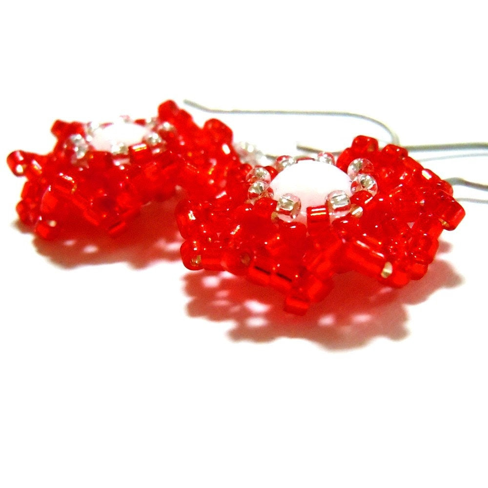 Red Rose Beaded Flower Earrings on Titanium Ear Wires, Christmas Jewelry - BeadCrumbs