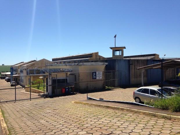 Até o fim da manhã desta terça-feira (19), sete presos que fugiram da Penitenciária Estadual de Cascavel (PEC) permaneciam foragidos (Foto: Cícero Bittencourt / RPC)
