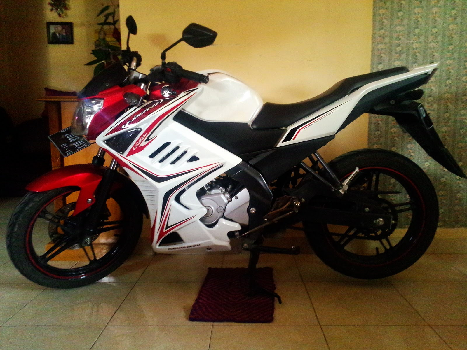 Modif Striping New Vixion Red White Half Fairing Ala Monster