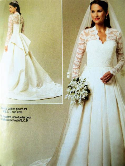 Wedding Dress Pattern, Butterick BP249, Bridal Gown, Lace
