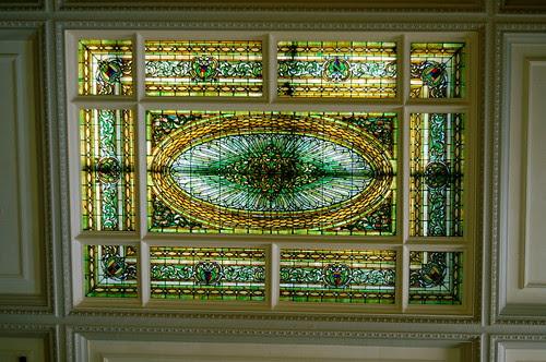 Menger old lobby ceiling