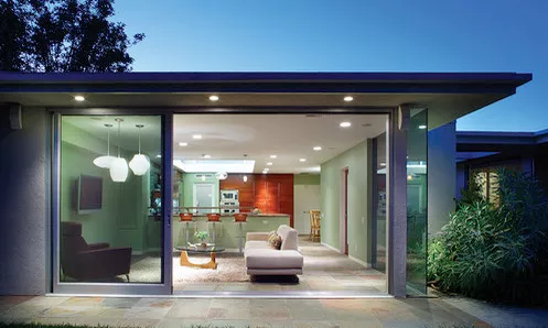 Rumah Minimalis Sudut Kaca | Ide Rumah Minimalis
