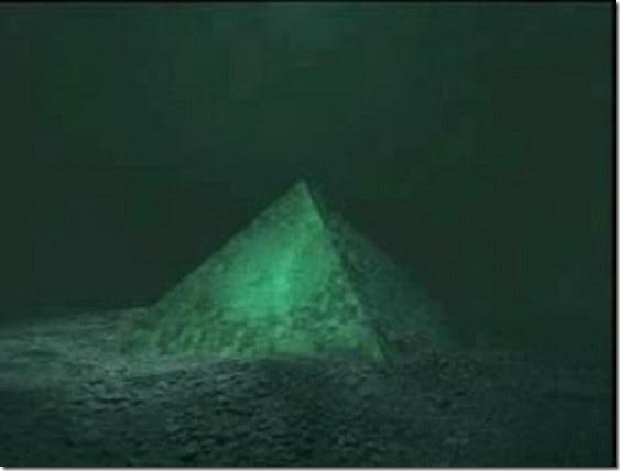 piramide triangulo bermudas thumb Duas pirâmides gigantes encontradas no centro do Triângulo das Bermudas