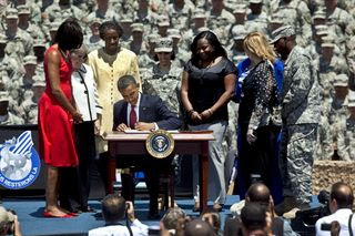 Obama Signs EO