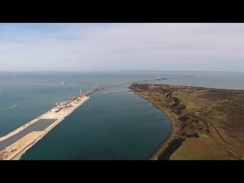 Полёт над Керченским мостом