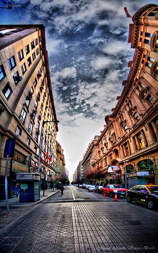 Calle Moneda, Santiago de Chile by Alejandro Bonilla
