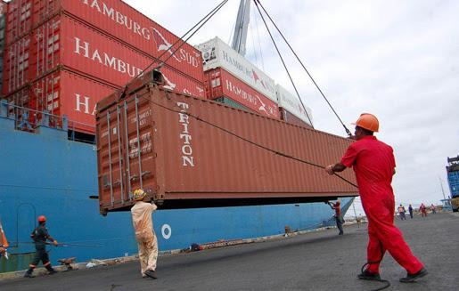 importaciones de tecnologia se frenan otra vez