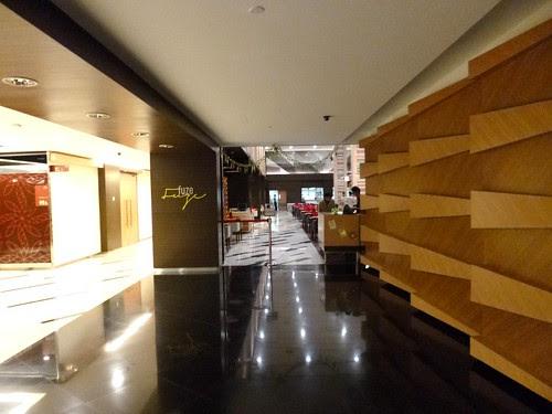 Fuze Restaurant The Everly Hotel (28)