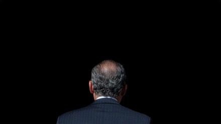 Felipe Calderón, titular del Ejecutivo, en su penúltimo día en Los Pinos. Foto: Miguel Dimayuga