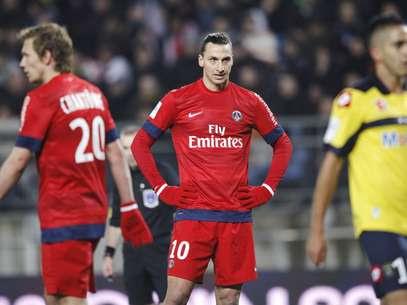Fora de casa, o PSG, do astro sueco Zlatan Ibrahimovic, perdeu de virada para o Sochaux e viu o Lyon se aproximar na briga pela primeira posição do Campeonato Francês Foto: Reuters