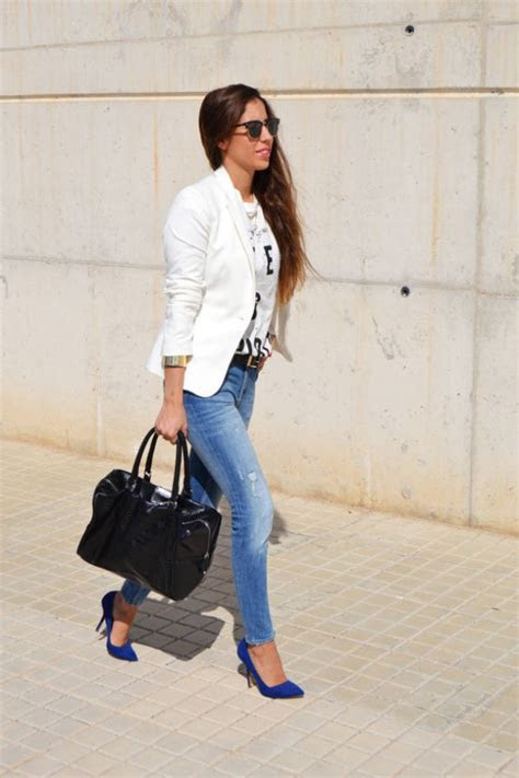 Electric Blue Shoes for Stylish and Chic Look  15