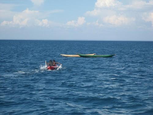canoe chase Nosy Lava